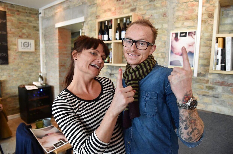Ægteparret Rene Mammen og Louise Mamming, da de i 2015 erhvervede michelinstjernen for deres restaurant Substans.