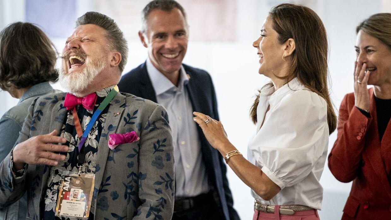 Kronprinsesse Mary med Lars Henriksen til Human Rights Conference i Øsknehallen.