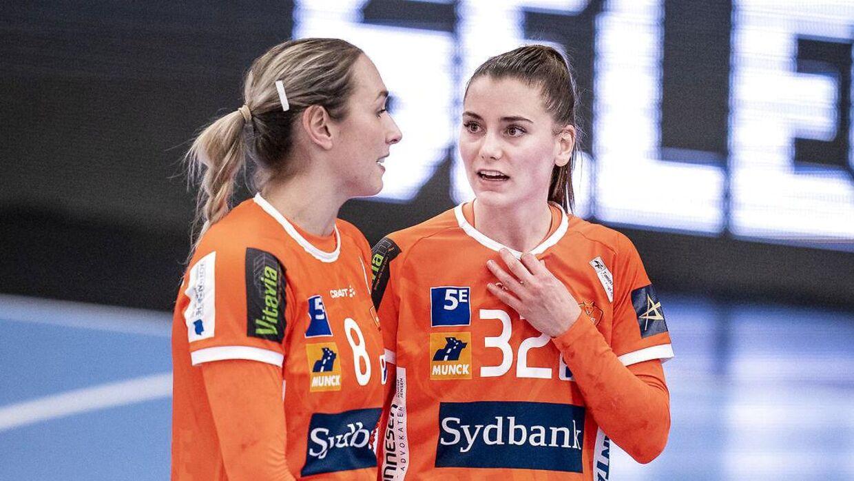 Mie Højlund og Lois Abbingh var begge instrumentale i Odense Håndbolds dobbelttriumf i sidste sæson.