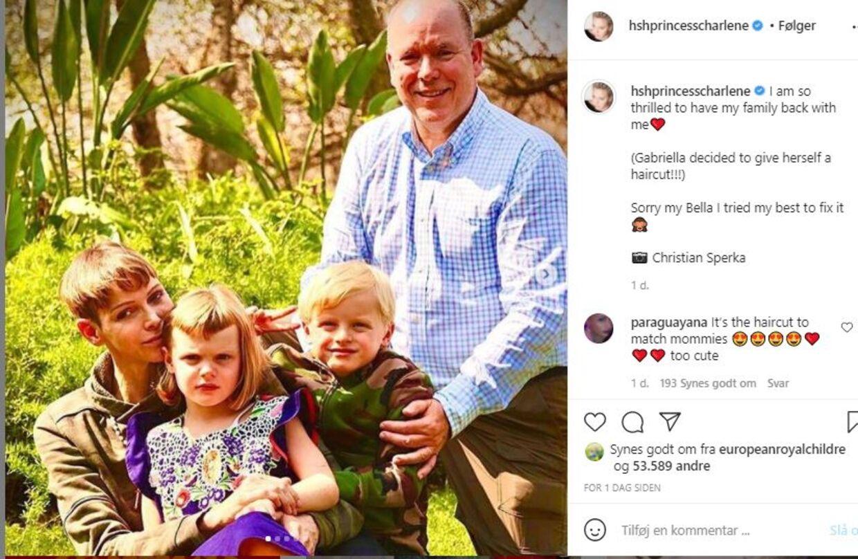 Fyrstinde Charlene har delt dette billede på Instragram, hvor hun fortæller, at hendes datter selv havde klippet sit hår – og at hun havde forsøgt at rette op på det, så godt hun kunne.