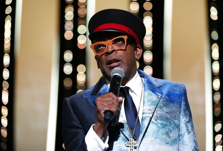 Bommert! Filmen 'Titane' modtog årets gyldne palmer på festivalen i Cannes. Det afslørede Spike Lee ved en fejl.