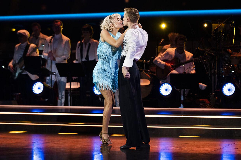 Skuespiller Albert Rosin Harson og Jenna Bagge. Vild med dans semifinale, program 11 på TV2. Kendte dyster om at blive årets bedste dansere i Vild Med Dans sæson 17 i København, lørdag den 12. december 2020.
