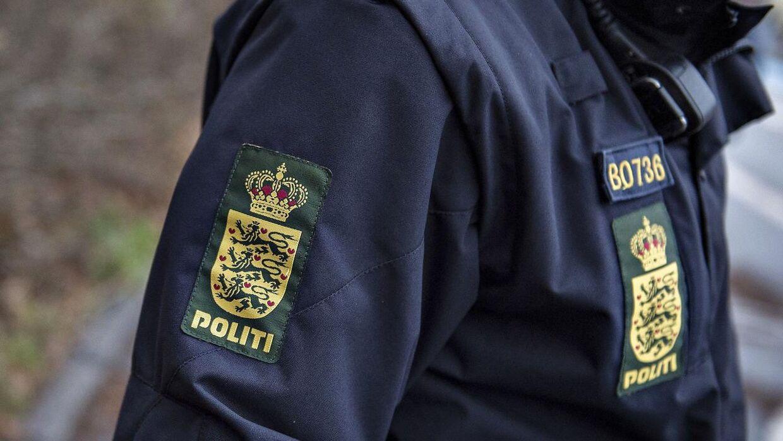 Arkivfoto. Ifølge betjentens tillidsrepræsentant i Østjylland er det et stigende problem, at betjente modtager trusler privat.
