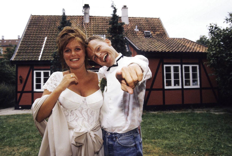 Bubber og Ibsen fotograferet, da de blev gift i sommeren 1990.