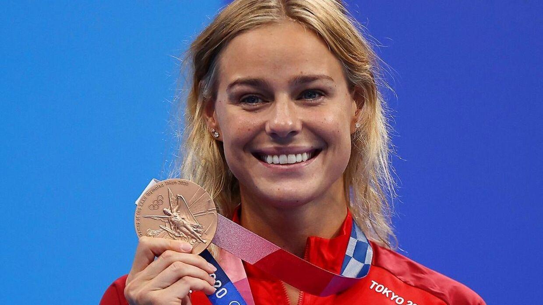 Pernille Blume med sin bronzemedalje fra OL i Tokyo.