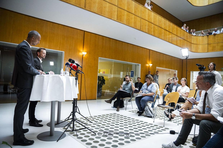 »Det er ikke symbolpolitik. Vi gør det, fordi vi mener, at det virker. Men vi gør det også, fordi vi mener, det er retfærdigt,« lød det fra udlændinge- og integrationsminister Mattias Tesfaye.