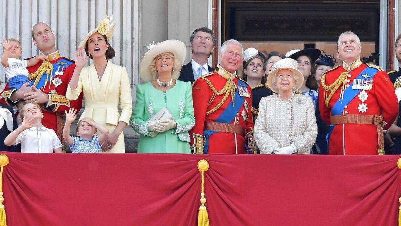 Prins Andrew var i mange år en af de højest placerede personer i det britiske kongehus. Men det er han ikke længere.