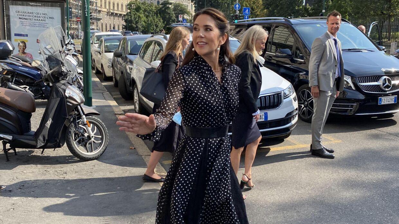 Kronprinsesse Mary besøgte onsdag eftermiddag Gabriel Showroom i Milano.