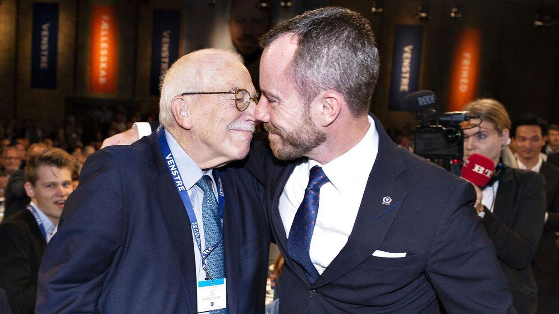 Jakob Ellemann-Jensen fortæller, at hans far, Uffe Ellemann-Jensen, er i bedring.