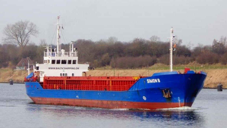 Det grundstødte skib, Simon B, er nu tilbage i Aalborg.