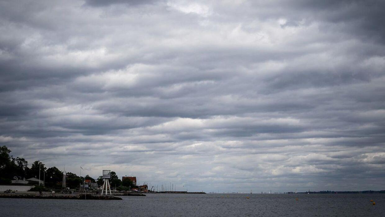 En grå og kedelig mandag venter. Heldigvis bliver det lunt, og der kommer ikke meget nedbør. (Arkivfoto)