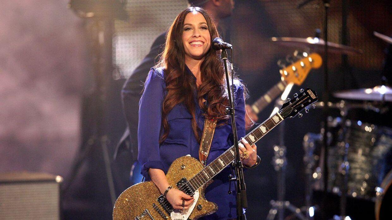 Den canadiske sanger Alanis Morissette i 2012.