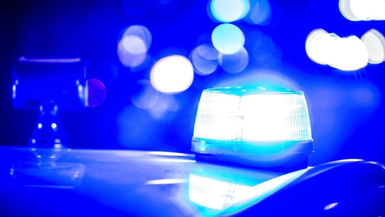 Politiet i Holstebro måtte natten mellem lørdag og søndag rykke ud, efter der var meldinger om en truende blotter på Kirkepladsen.