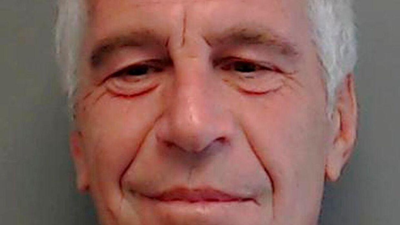 Prins Andrew var gode venner med afdøde Jeffrey Epstein. Men havde han noget af gøre med Epsteins sexforbrydelser?