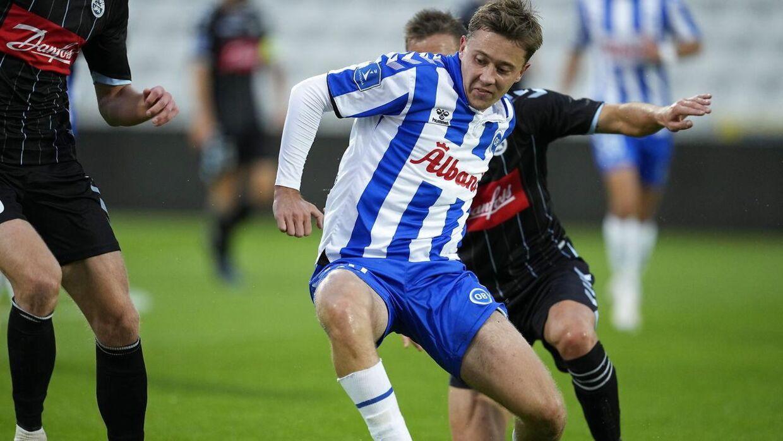 Sønderjyske-spillerne skulle holde tungen lige i munden og fast i Mads Frøkjær for at stoppe den unge OB'er.