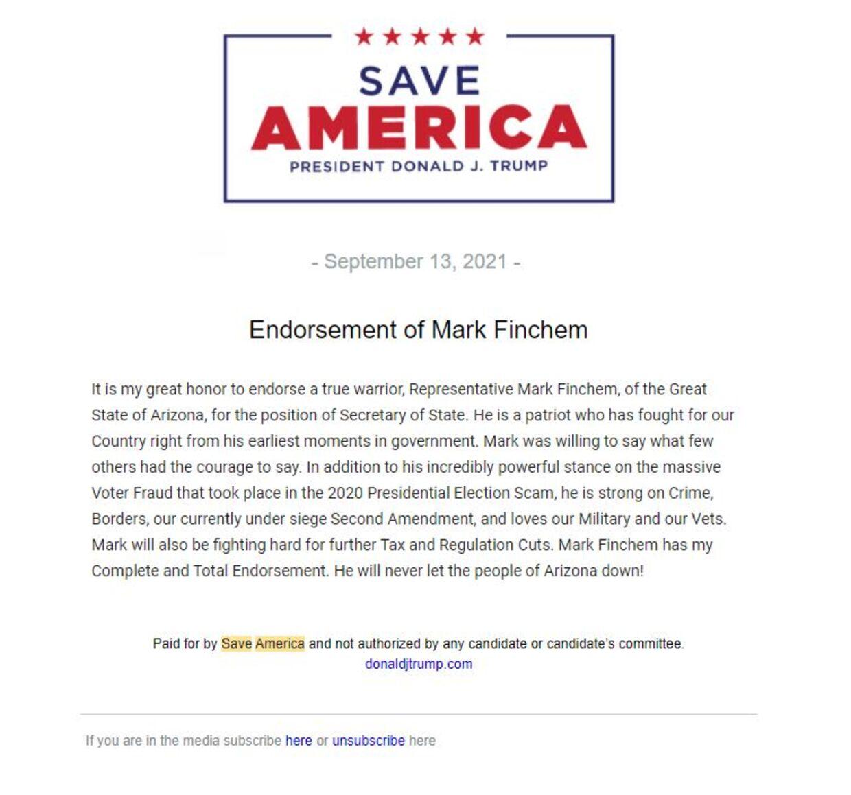 Sådan så det ud på mail, da Donald Trump mandag valgte at støtte QAnon-tilhængeren Mark Finchem via mail.