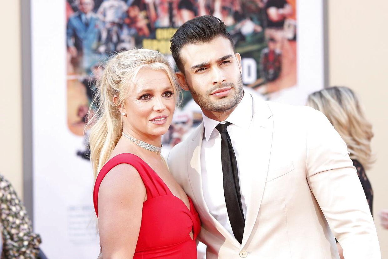 Britney Spears og hendes forlovede Sam Asghari.