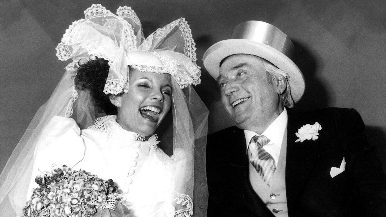 Janni Brodersen blev den 11. maj 1983 viet til Simon Spies i Holmens Kirke.