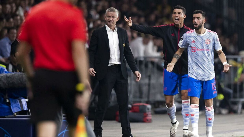 Cristiano Ronaldo dirigerede fra sidelinjen.