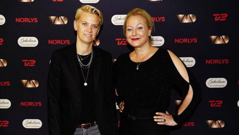 Pernille Wass & Stéphanie Surrugue på den røde løber til 'Vild med dans' program to.