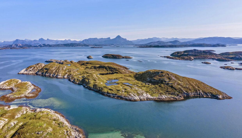 Det er denne ø du nu kan købe for to millioner norske kroner.