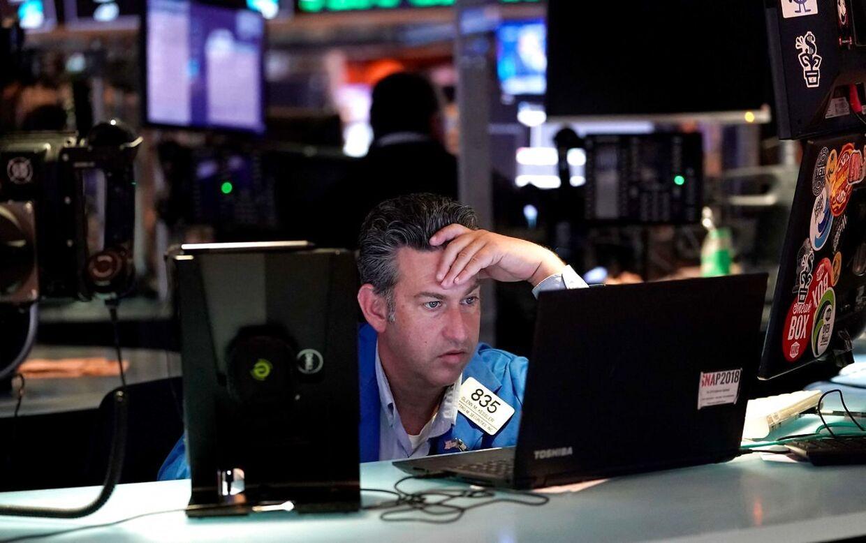 Aktiemarkederne styrtbløder - også på Wall Street.