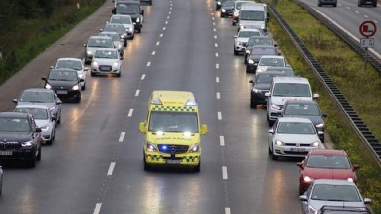 Et uheld på Sønderjyske Motorvej ved Kolding giver problemer tirsdag morgen.