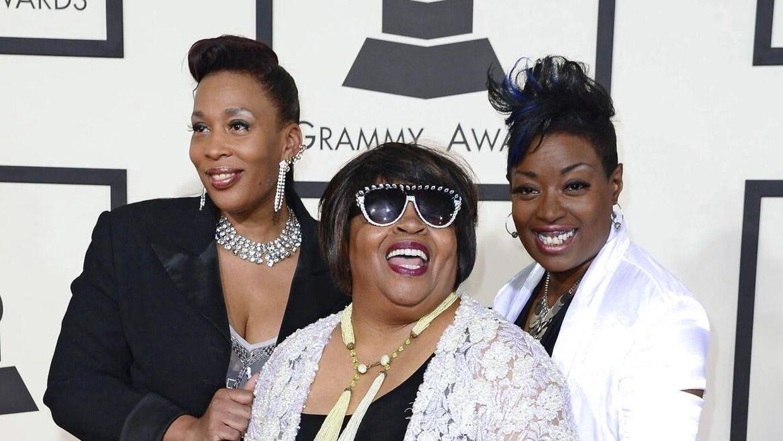 Terry Jones, Sarah Dash and Helen Burner til Grammy Awards i 2015.