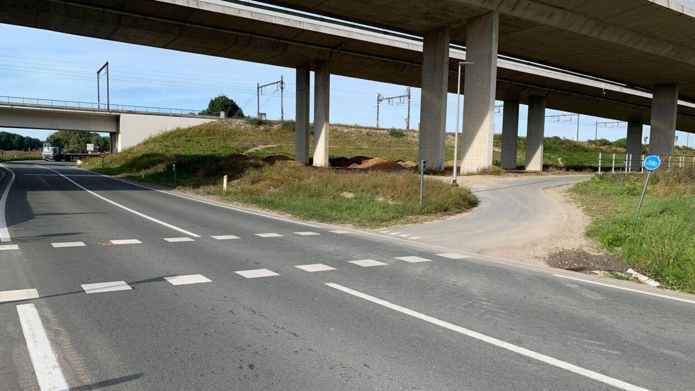 Det er i dette kryds, den tidligere cykelrytter mistede livet. Han kom kørende fra venstre side af vejen.