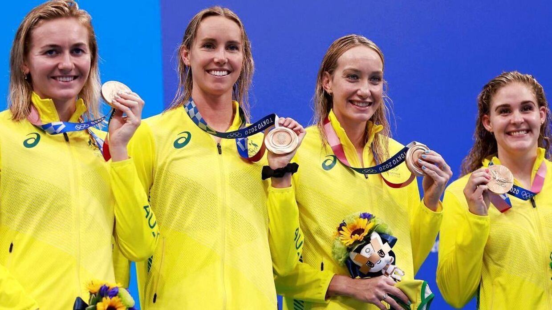 Madison Wilson (nummer 2 fra højre) og resten af det australske hold, der vandt bronze.