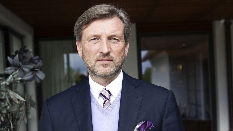 Forretningsmanden René Sindlev har sat en ejendom til salg, hvortil der hører tre seperate boligere.