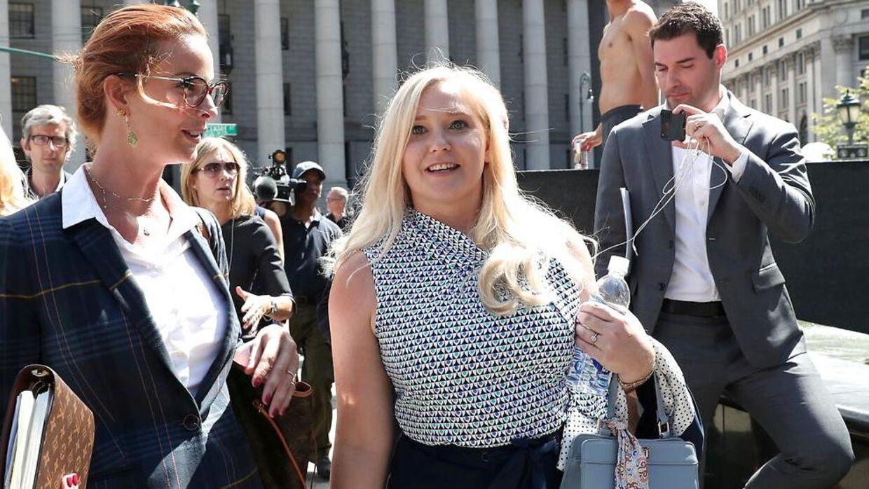 Virginia Giuffre har anklaget prins Andrew for at have sex med hende, mens hun var mindreårig og udsat for menneskehandel.