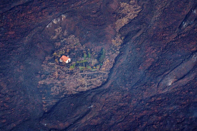 Alle nabohusene blev ødelagt af lavaen.