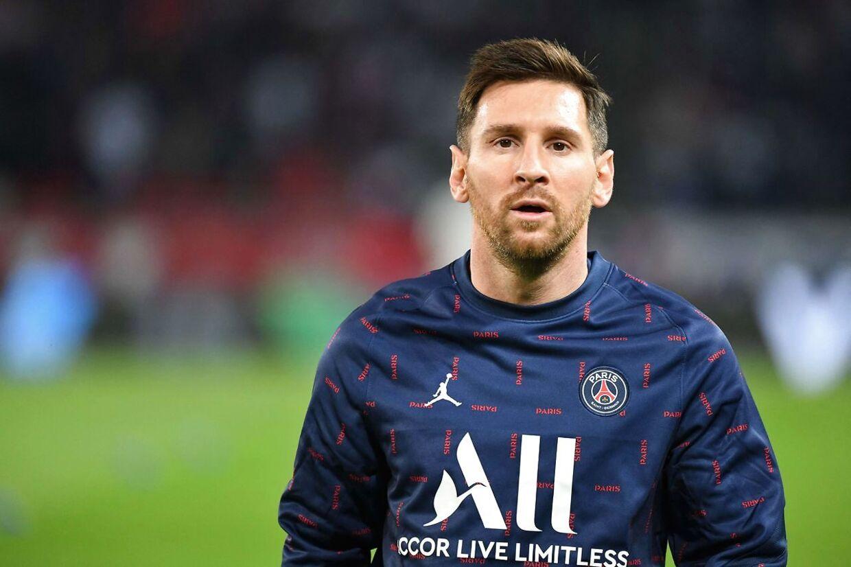 John Strand mener, at skifter som Messis fra Barcelona til PSG er direkte årsag til, at tv-priser stiger voldsomt