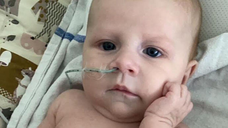Lille Sophia, der har været syg hele sit korte liv. (Privatfoto)