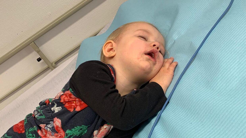 Sophias storesøster, Olivia, der også er hårdt ramt af sygdom. (Privatfoto)