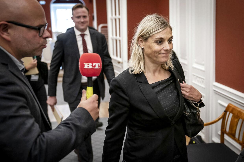 Forsvarsminister Trine Bramsen (S) før samråd i folketingets forsvarsudvalg om forsvarsministerens ophold på Ærø.