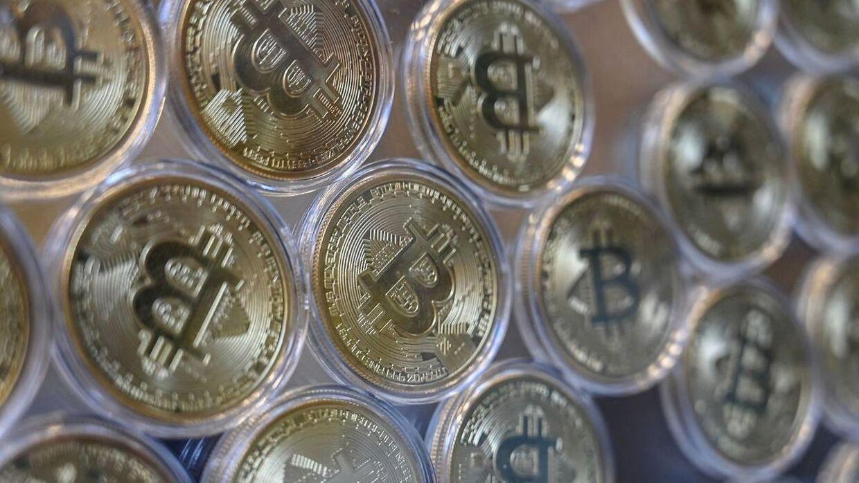 Bitcoin tog et voldsomt fald fredag efter en udelding fra de kinesiske myndigheder.