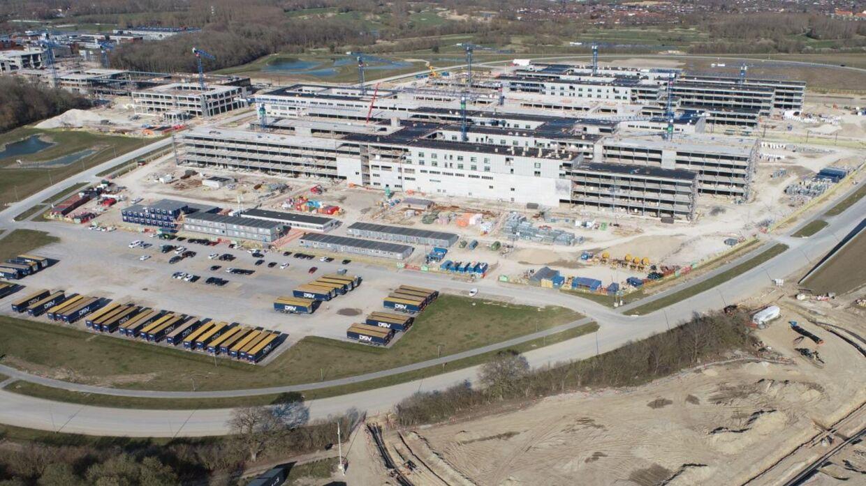 Når Nyt OUH står færdigt, vil der være færre sengepladser, end der lige nu er på det nuværende universitetshospital. Foto: Nyt OUH.
