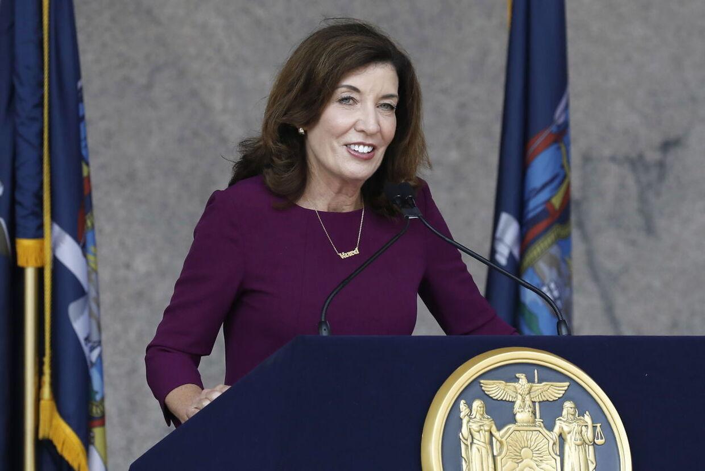 Guvernør Kathy Hochul.