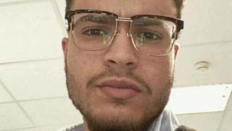 22-årige Esmat Ramzi Abuzaid blev kaldt 'fucking perker' i en mail fra Reersø Camping. Nu har han stævnet campingpladsen.