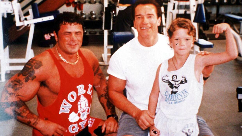 George Olesen i 90'erne med Arnold Schwarzenegger.