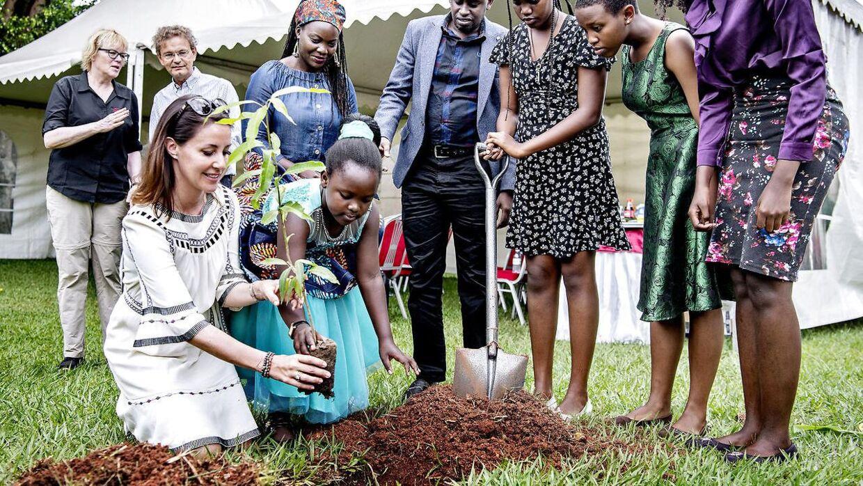 Prinsesse Marie var i Uganda lige inden, corona lukkede verden ned. Hun nåede med nød og næppe hjem, inden Danmarks grænser lukkede.