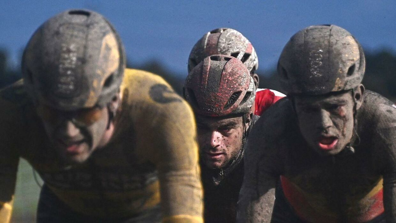 Paris-Roubaix bød på fuldstændig surrealistiske billeder.
