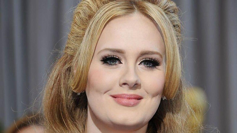 Adele er snart klar med en ny sang.