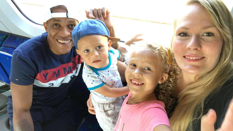 Katharina med sin brasilianske mand Bruno og deres to børn, otteårige Luana og treårige Luiz.