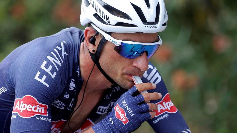 Britiske Alexandar Richardson Her er han i aktion for Alpecin-holdet i Vueltaen i august 2021.