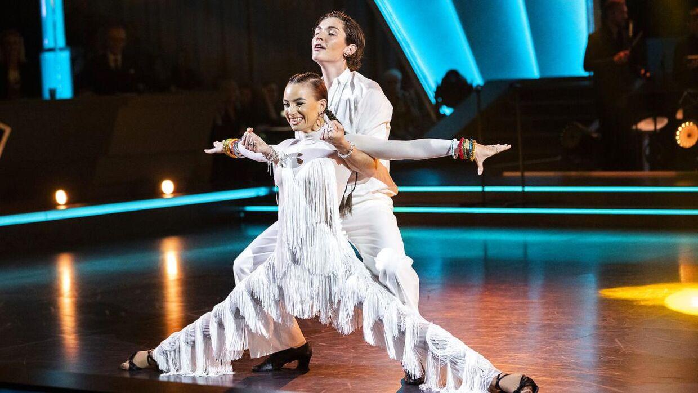 Freja Kirk og Claudia Rex dansede samba i det femte program af 'Vild med dans'.