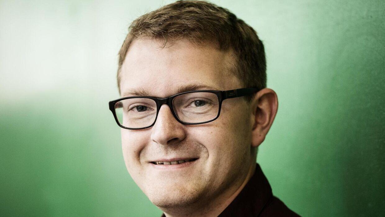 Den fremtrædende SF'er, Mikkel Dragmose-Hansen, trådte for godt en måned siden ud af byrådet i Middelfart. Mandag blev han idømt tredive dages betinget fængsel for blufærdighedskrænkelse.