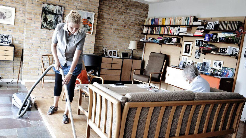 Enhedslisten i København arbejder for indførelsen af en 30 timers arbejdsuge. Arkivfoto af hjemmehjælp i København.